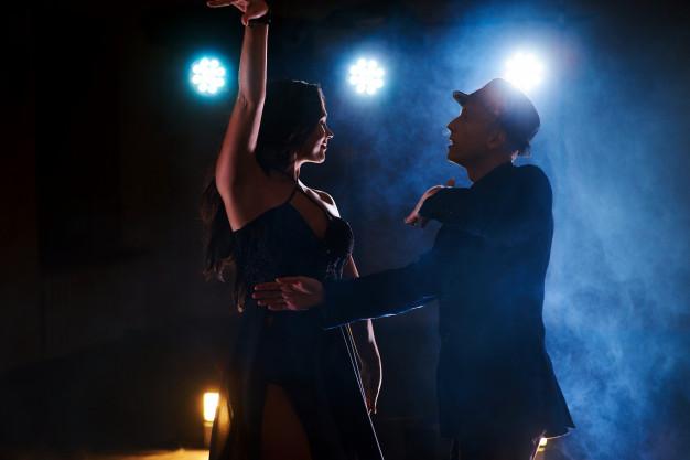 Kurs tańca imprezowego oraz towarzyskiego